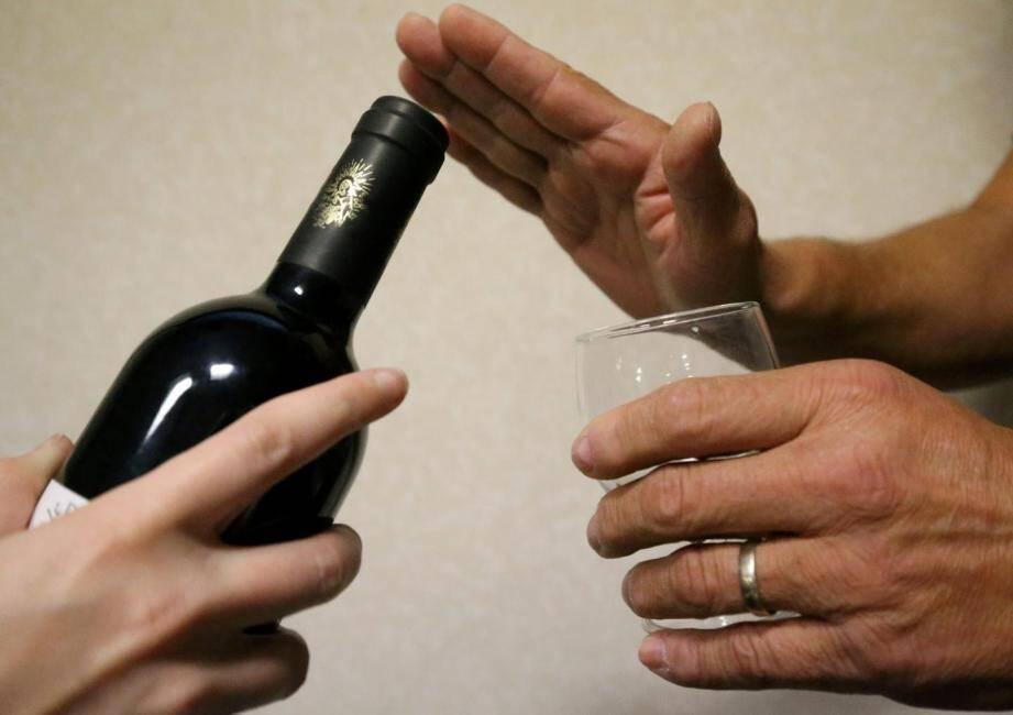 Plus d'un Français sur quatre consomme trop d'alcool.