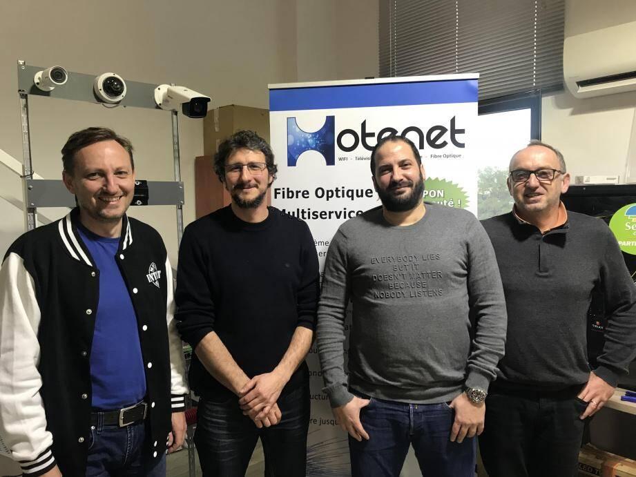 Les trois gérants fondateurs de Hotenet, Kamil Elkadiri, Vincent Laborie et Artur Seksinski, et Rodolphe Savouré, dirigeant de Trustive à Sophia Antipolis qui a rejoint l'équipe.