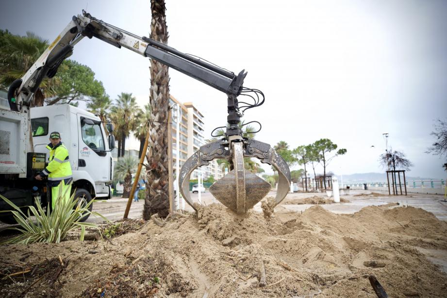 Les travaux de réparations des plages et du boulevard du Midi avaient débuté dès le lendemain des intempéries.