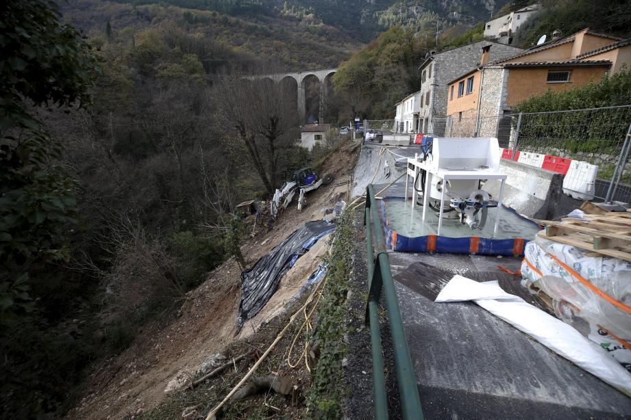 La route est coupée depuis plusieurs semaines à Pont-du-Loup.
