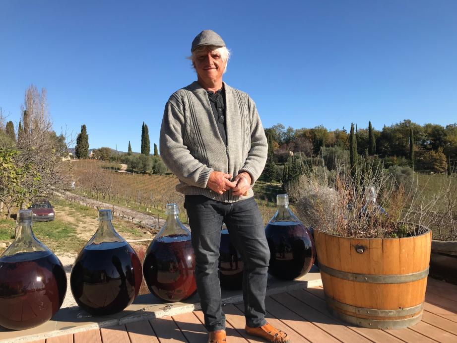 Denis Rasse, viticulteur à Saint-Jeannet.