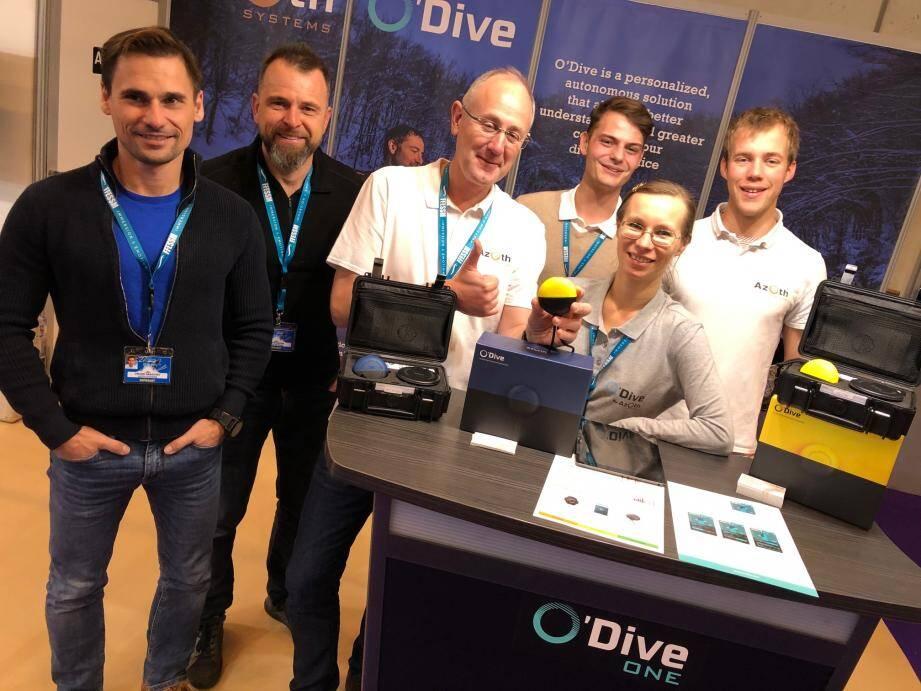 Axel Barbaud et son équipe, au salon de la plongée à Paris, présentaient leur capteur O'Dive made in France.