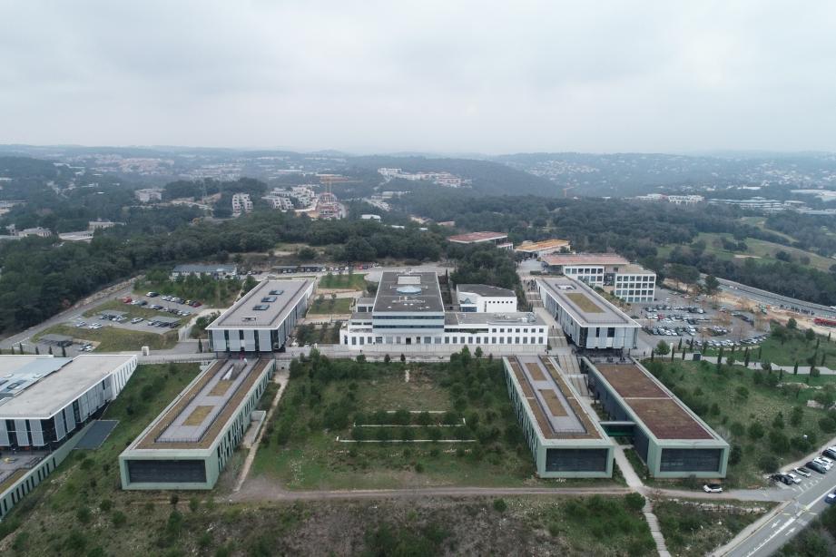 Technopole de Sophia-Antipolis vue en drone