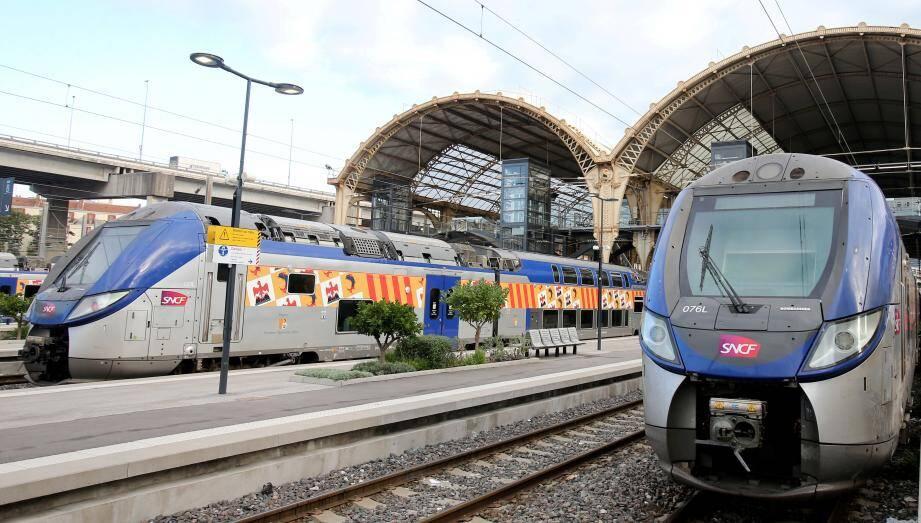 La gare Thiers à Nice. Illustration.