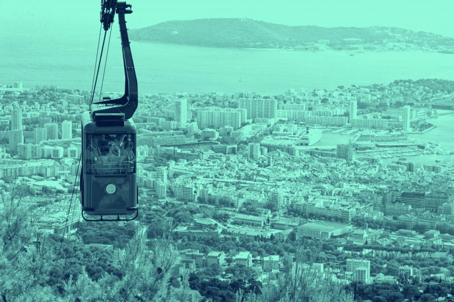 À Toulon, le téléphérique du Faron transporte du public depuis 1959