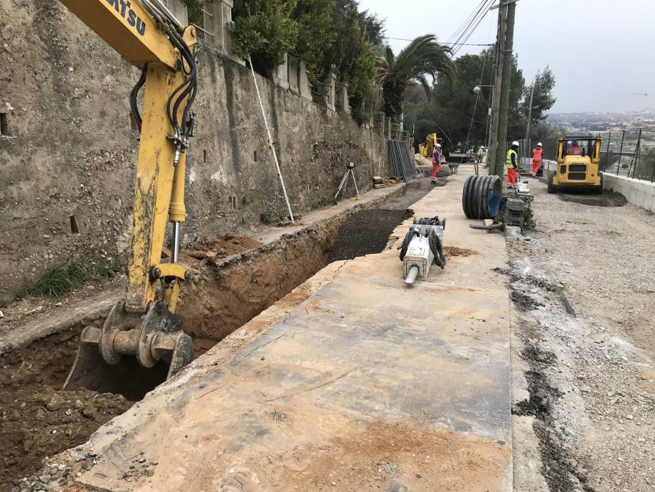 Les travaux sur la portion basse du chemin de Crémat ont imposé la fermeture totale d'une portion jusqu'à ce vendredi.