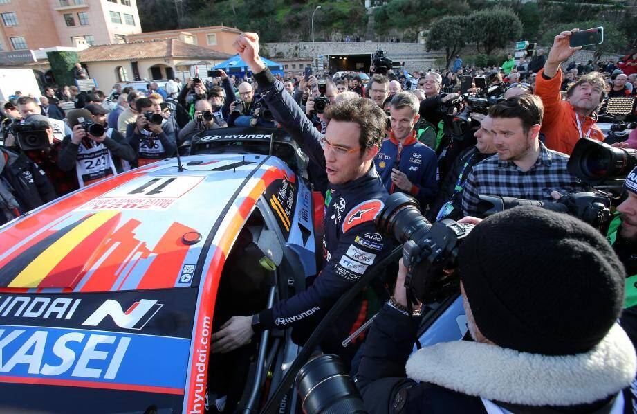 Le Belge Thierry Neuville (Hyundai) a remporté son premier rallye de Monte-Carlo devant le Français Sébastien Ogier (Toyota)