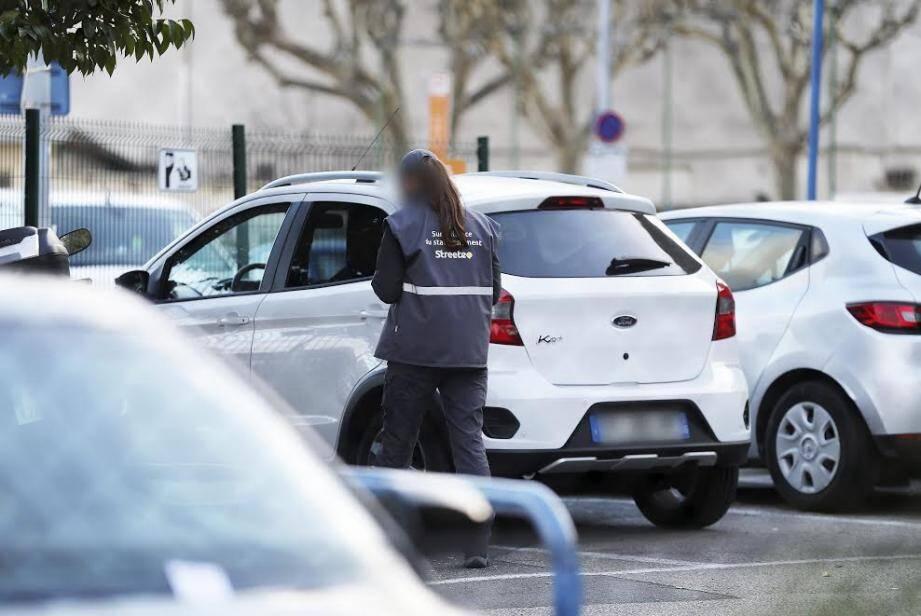 Le maire de Cagnes-sur-Mer a mis en place, dès aujourd'hui, un numéro de téléphone et un mail dédiés aux automobilistes.