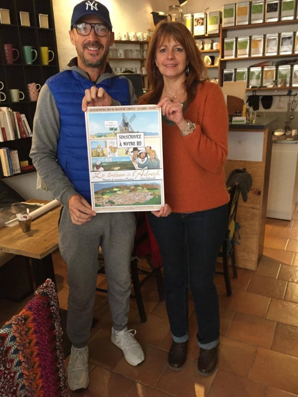Yves Janclaes, ici en compagnie de Solange Salvestrini, soutiennent le projet de la BD.