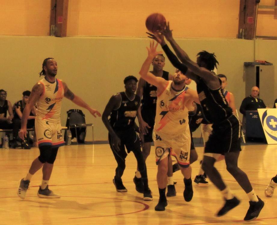 Sanary a été rétrogradé au neuvième rang derrière Cabriès Calas.