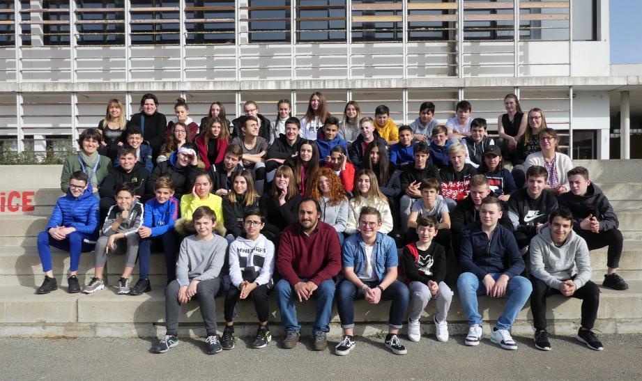 Les collégiens de Besse ont accueilli pour la première fois leurs correspondants de la cité de la basilique. Une rencontre pour rendre les élèves davantage acteurs de leurs apprentissages.
