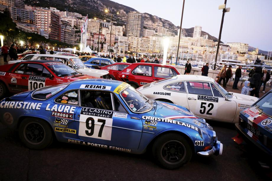 Pour les amoureux de belles mécaniques, cette arrivée du Rallye Monte-Carlo historique avant la nuit du Turini fut un régal pour les mirettes.