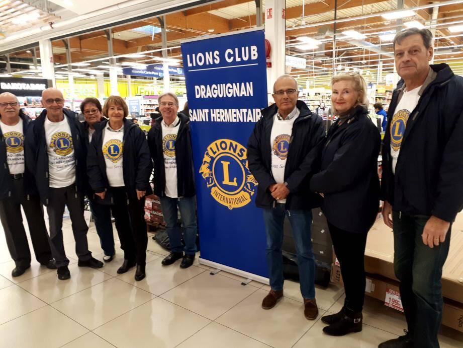 Les membres du Lions sont toujours très motivés pour aider les autres.