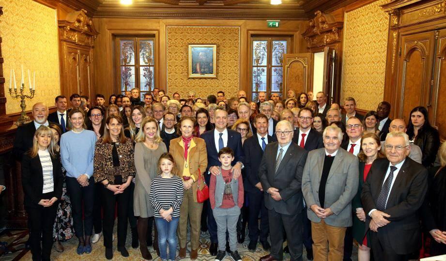 Hier soir, les élus ont reçu une cinquantaine de nouveaux nationaux en mairie, qualifiée de « maison des Monégasques par le maire.