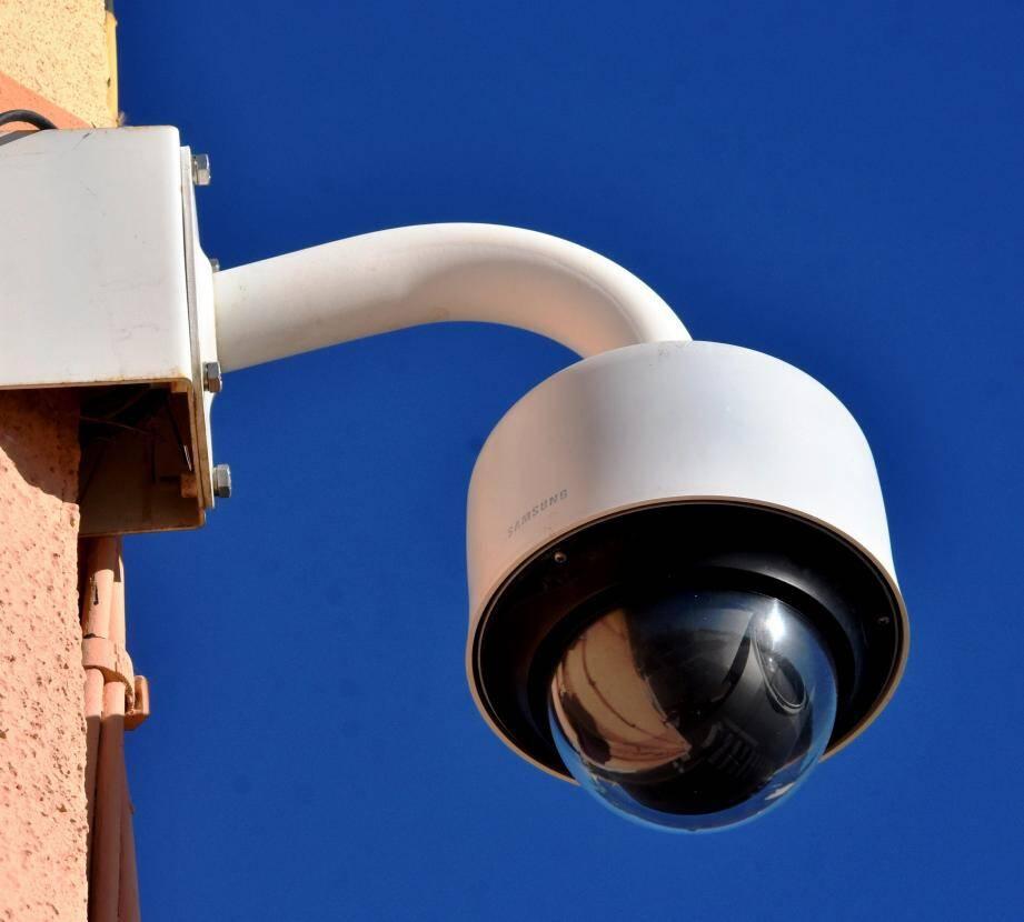 Ce qui fait désormais 53 caméras à La Londe.