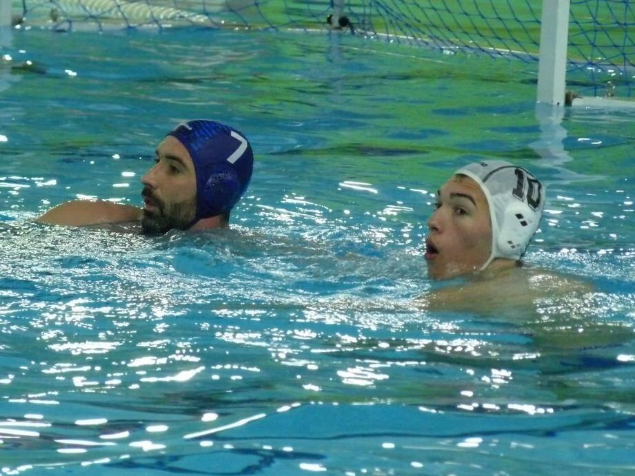 Le retour dans les bassins de Lorris Canovas (bonnet blanc) est une bonne nouvelle pour l'ONN.