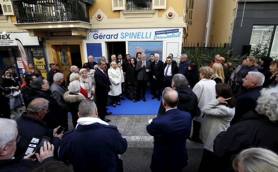Sans discours préparé, Gérard Spinelli s'est adressé à ses administrés, hier midi.