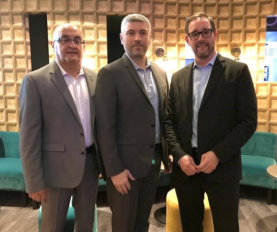 De gauche à droite : Patrick Serantoni et Gilles Elissalde, le duo de dirigeants, à droite Jean-François Chapel qui quitte le Pullman.