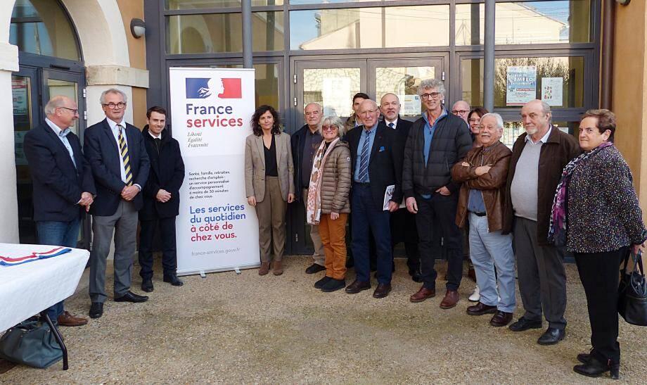 Préfet et élus ont inauguré jeudi dernier l'espace « France Services » à Aups.