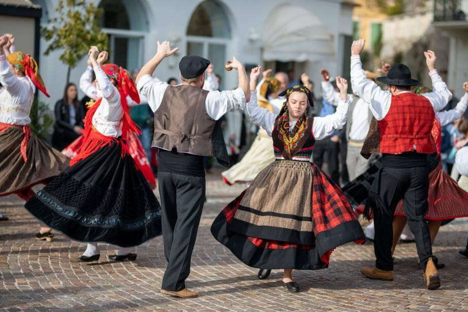 Le folklore portugais a ses adeptes à Roquebrune !