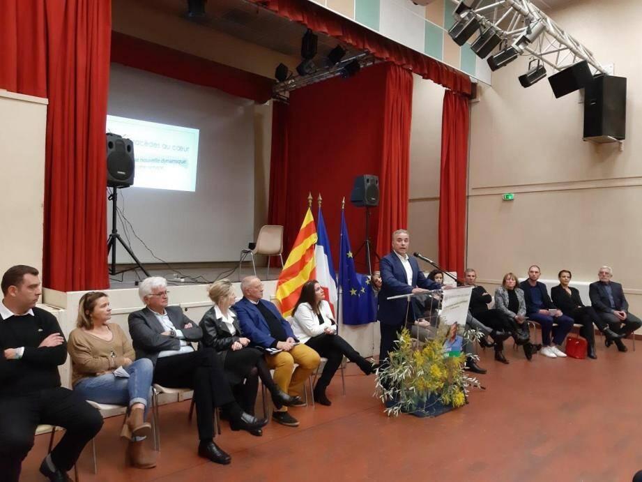 Une première réunion pour Christophe Roustan entouré de son équipe « Spéracèdes pour tous ».