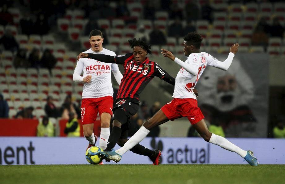 De retour dans le onze à Toulouse, Arnaud Lusamba devrait avoir l'opportunité d'enchaîner, ce soir contre Brest.