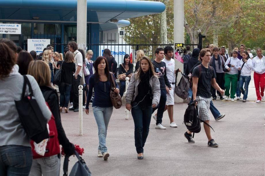Beaucoup de lycéens se disent trop jeunes pour choisir une orientation.