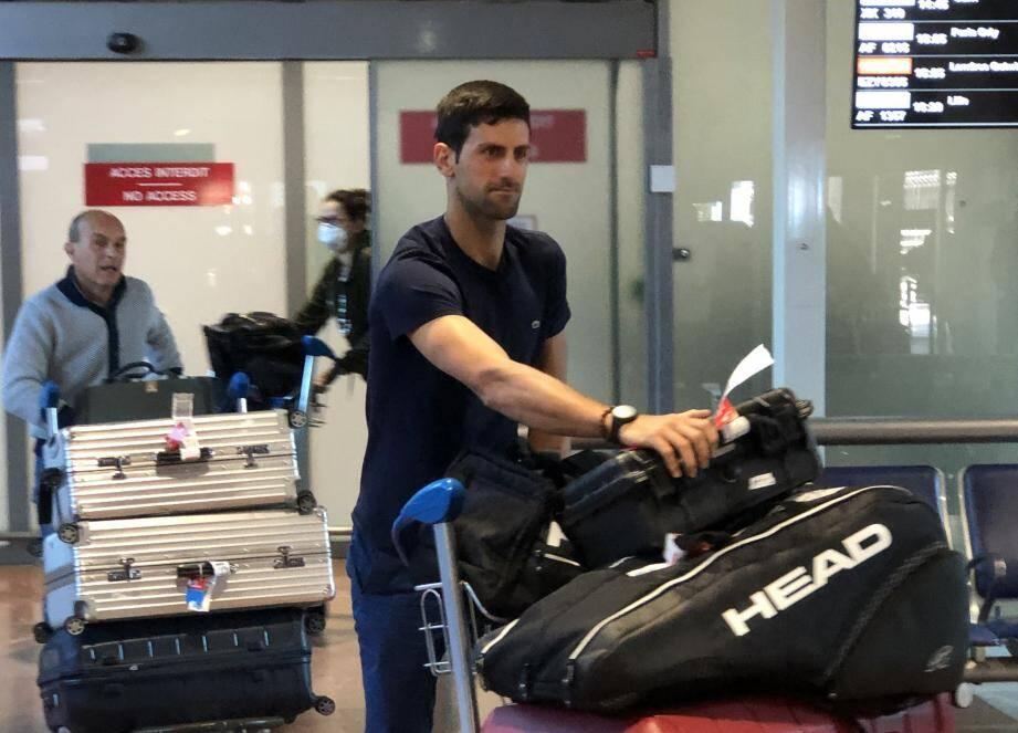 Après sa victoire dimanche à l'Open d'Australie, Novak Djokovic est rentré ce mardi midi à l'aéroport de Nice.
