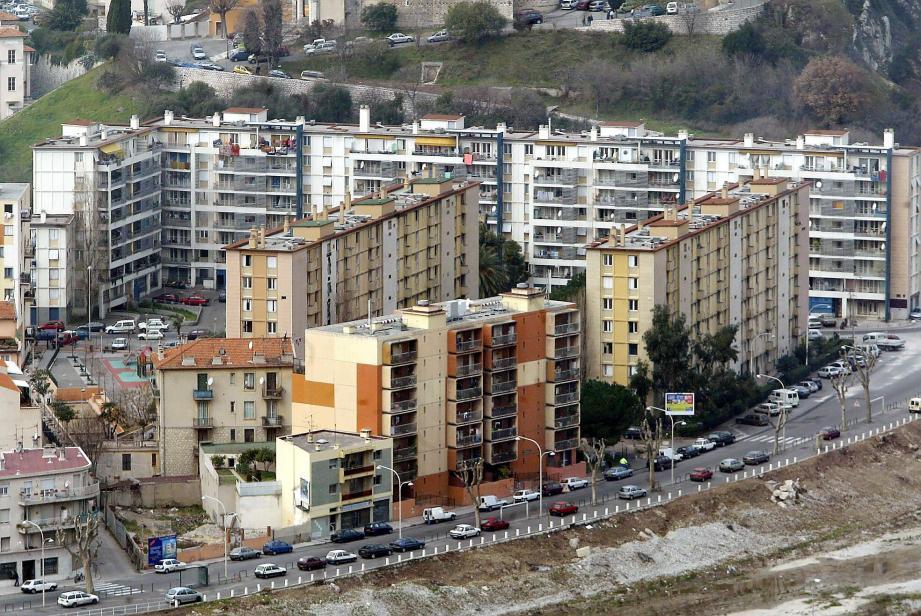 Viva! dénonce le manque de logements sociaux à Nice.