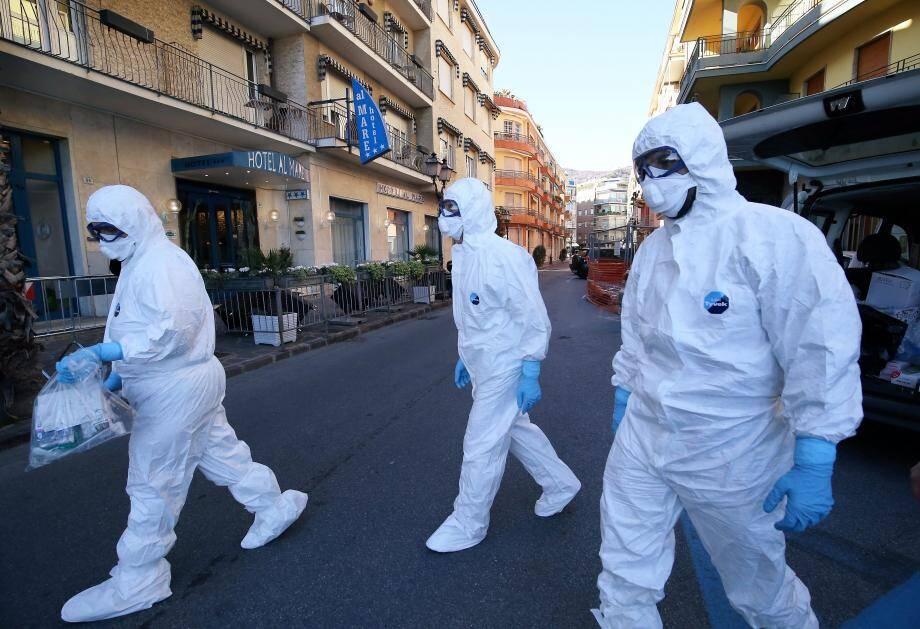 Confinement dans deux hôtels à Alassio, en Italie, mercredi 26 février.