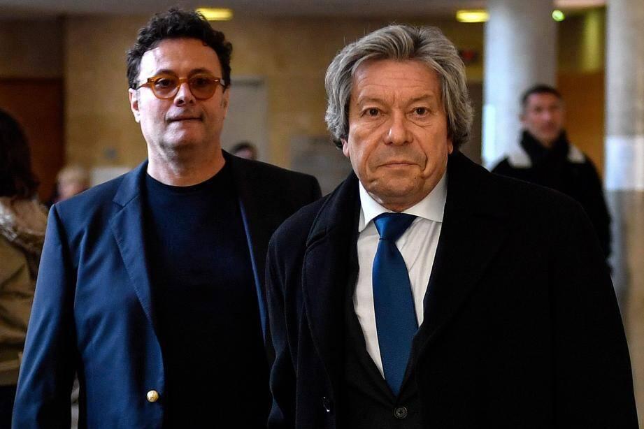 Le fils d'Hélène Pastor, Gildo Pallanco-Pastor, et son conseil, Me Gérard Baudoux, arrivant à la cour d'assises d'appel d'Aix-en-Provence, hier.