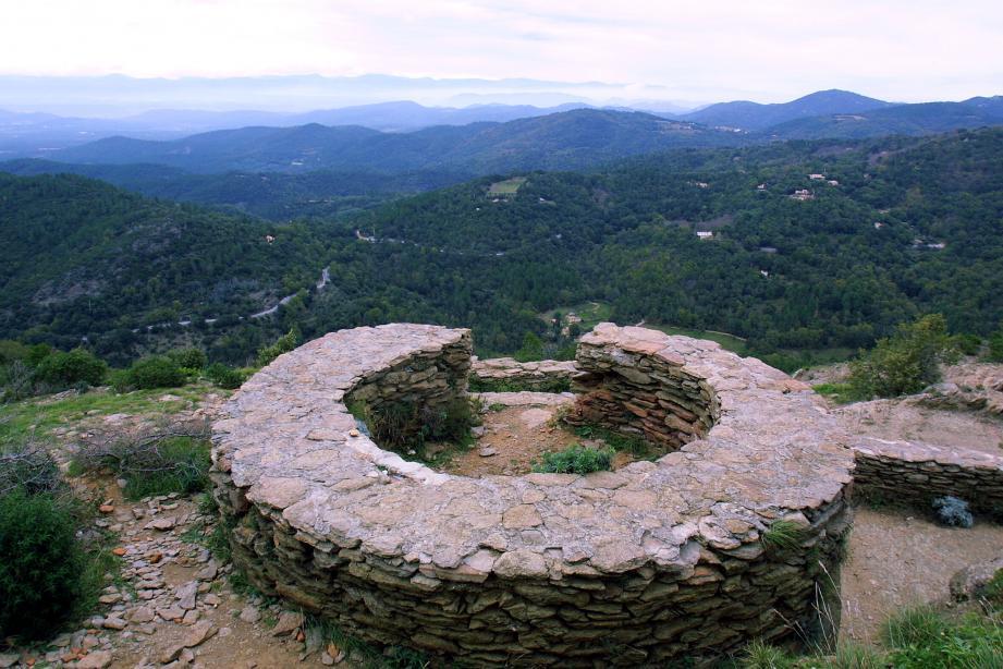 """Qui sera le """"Seigneur de l'anneau"""" du Fort Freinet en mars prochain?"""
