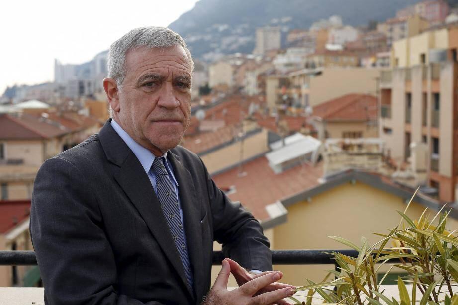 Gérard Spinelli brigue un cinquième mandat et répond aux accusations graves de son ex-salarié et opposant Stéphane Manfredi.