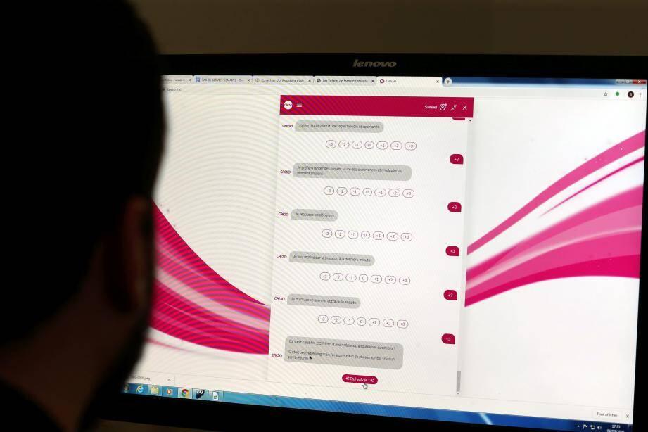 Sur internet, le questionnaire CAESO permet de découvrir plus de 850 métiers.