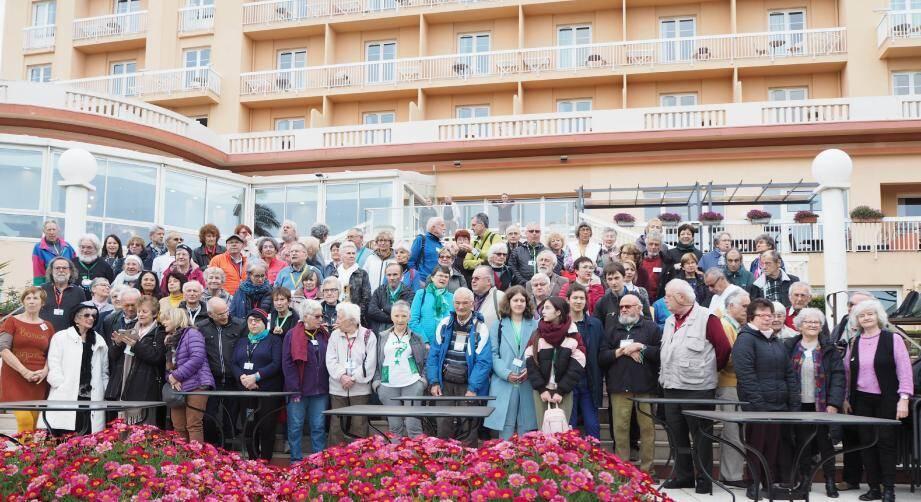 Une centaine d'Espérantistes étaient réunis aux Issambres pour le 14e stage international d'Espéranto organisé par le club Fréjus-Saint-Raphaël.