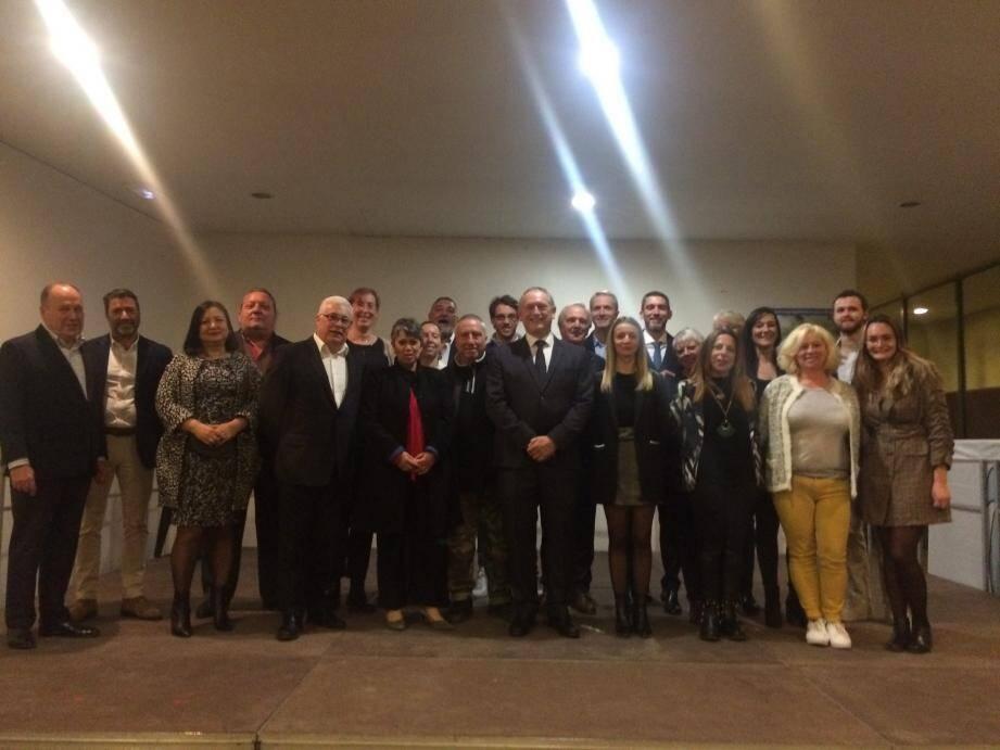 La liste de Michel Meïni au centre (il manque cinq colistiers) a été présentée mercredi soir pour le lancement de la campagne de celui qui fut maire de 2008 à 2017.