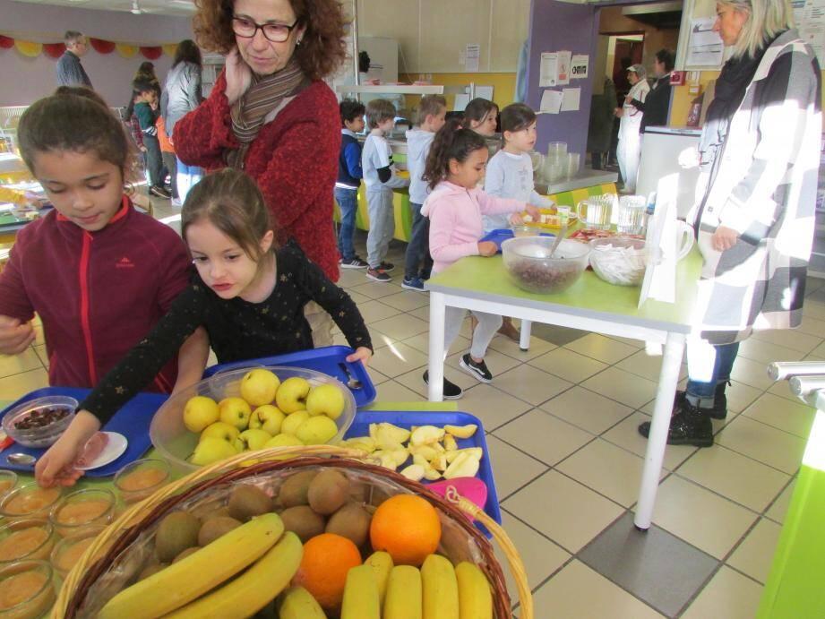 Les enfants avaient au préalable fait une leçon sur les vertus d'un petit-déjeuner équilibré.