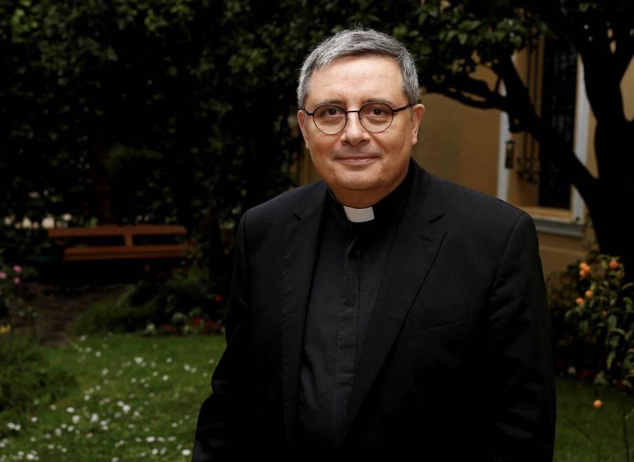 Mgr David sera ordonné archevêque ce dimanche à 15h30 à la cathédrale de Monaco.