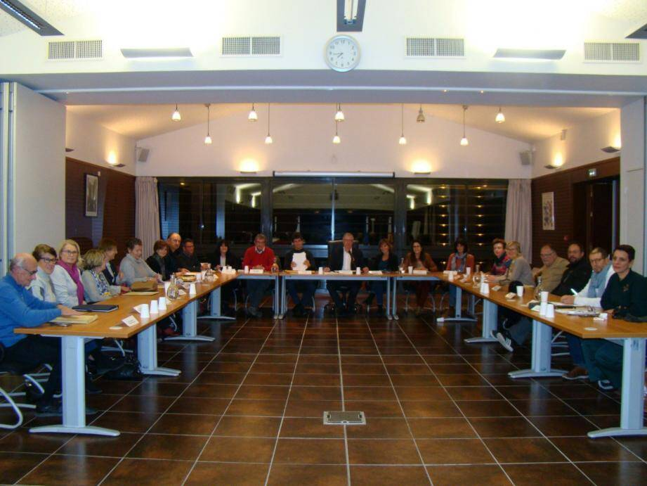 Les élus lors du dernier conseil municipal.
