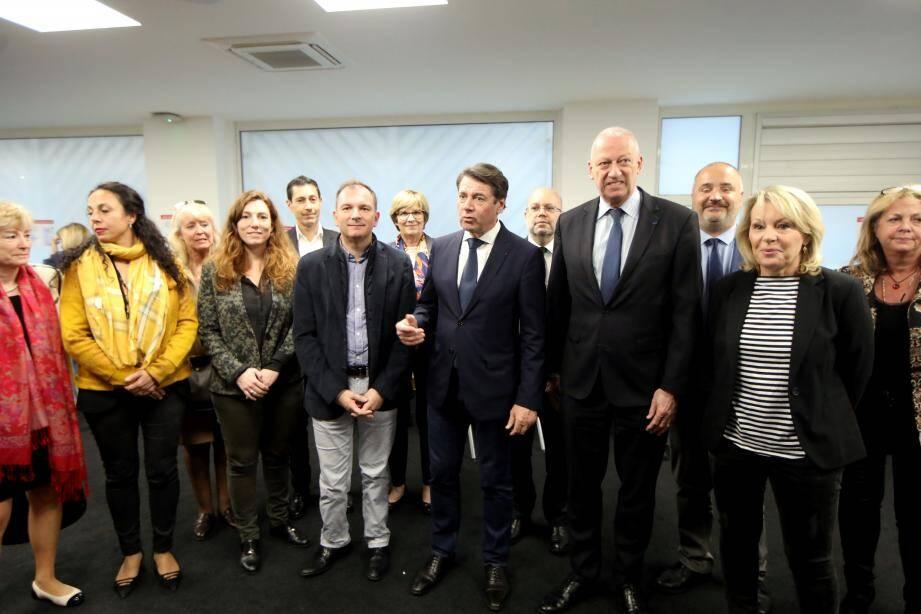 Le maire de Nice, l'inspecteur d'académie, le représentant de l'ARS, des médecins et des professionnels de l'enfance ont fait le point sur la situation hier soir.