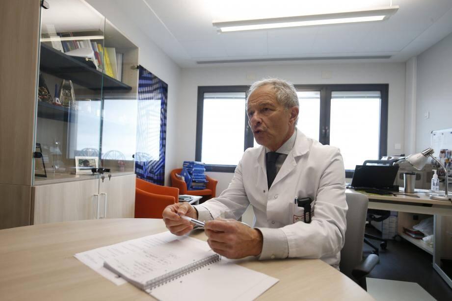 Le Pr. Alain Pesce, chef de département de la filière gérontologie au CHPG, ce jeudi.