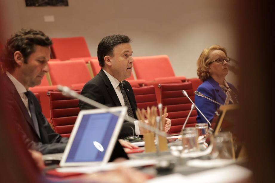 Le Conseil national souhaite débattre jeudi avec le gouvernement lors d'une séance extraordinaire.