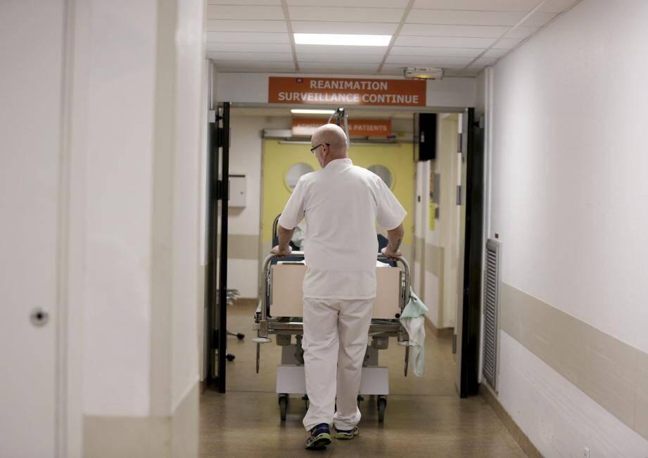Quarante soignants de la région Paca ont été envoyés en renfort dans les régions les plus touchées par l'épidémie de coronavirus.