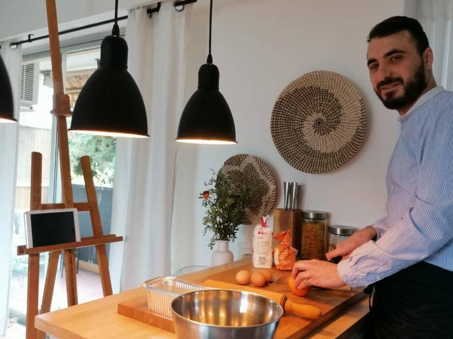 Ses tutos de cuisine ont lieu chaque soir, de 16h à 17h.