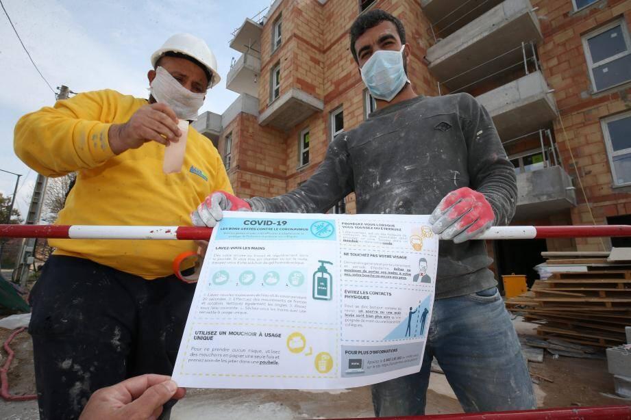 A La Seyne ce chantier de résidences se poursuivait ce lundi mais l'essentiel de l'activité est à l'arrêt dans le Var.
