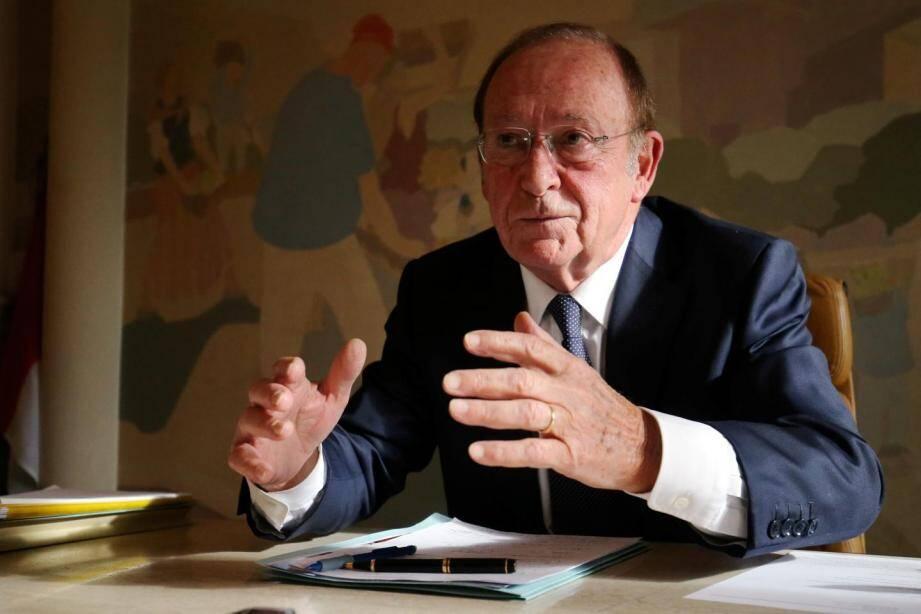 Jean-Claude Guibal, député maire de Menton.