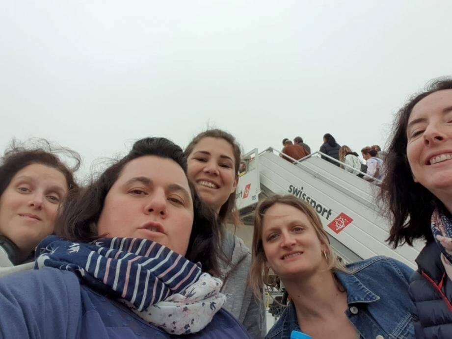 Le soulagement de Nathalie et sa bande d'amies au départ du Maroc.