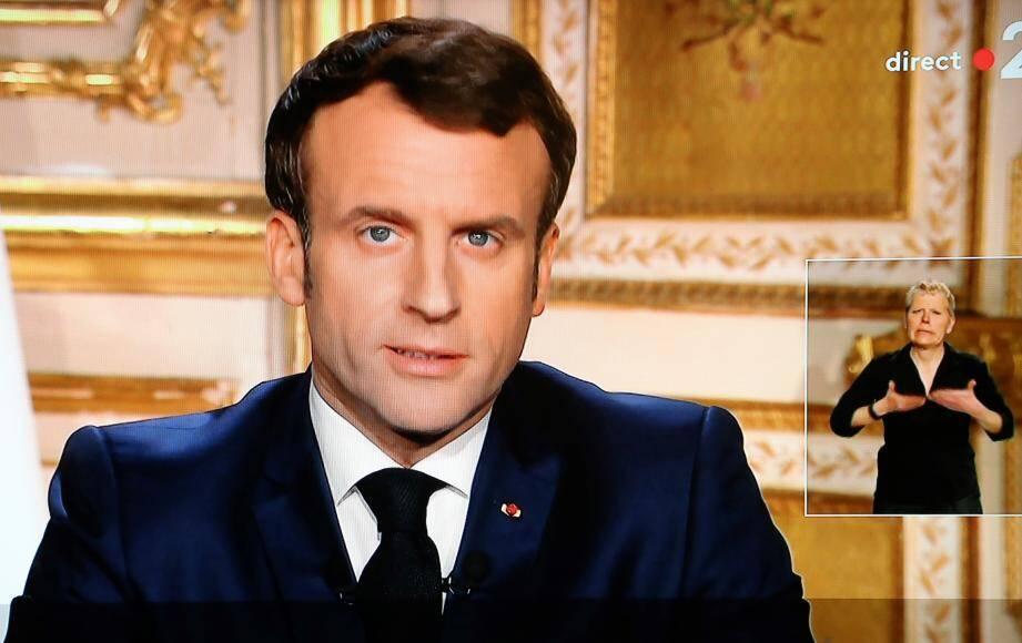 L'allocution d'Emmanuel Macron est largement commentée.