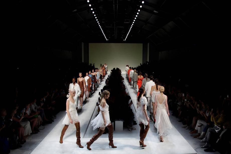 La Monte-Carlo Fashion Week, prévue en mai, est reportée.