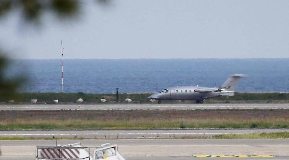 Un avion convoyant deux malades avait atterri à Nice lundi en provenance de Belfort.